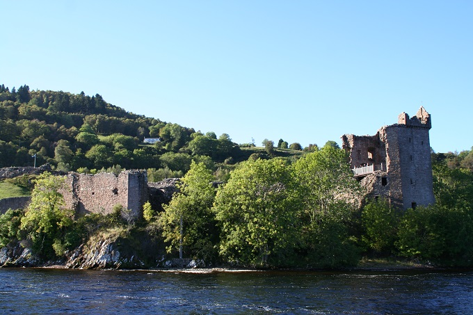 Castle Urquhart on Loch Ness © Robin McKelvie