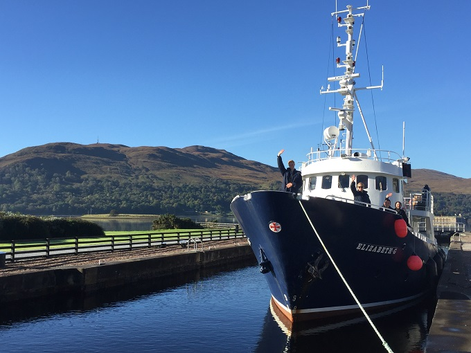 Elizabeth G at entrance to the Caledonian Canal near Fort William © Robin McKelvie