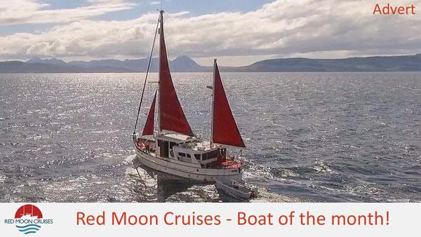 red-moon-cruises-horizon